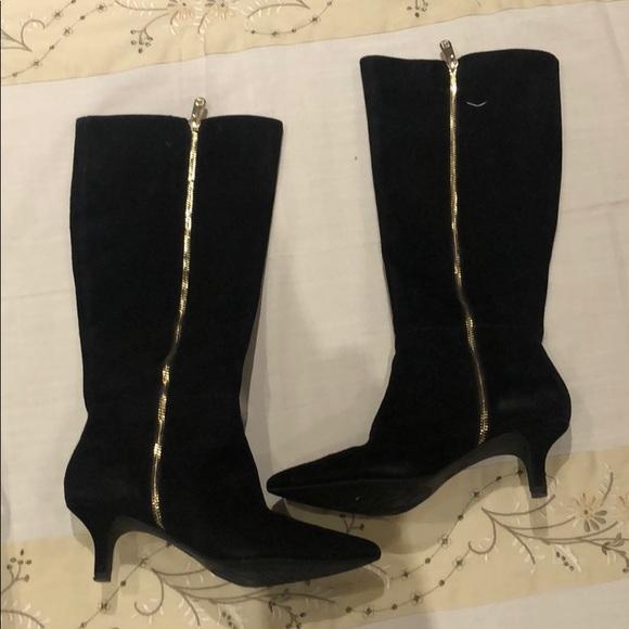 Anne Klein Shoes   Black Suede Anne